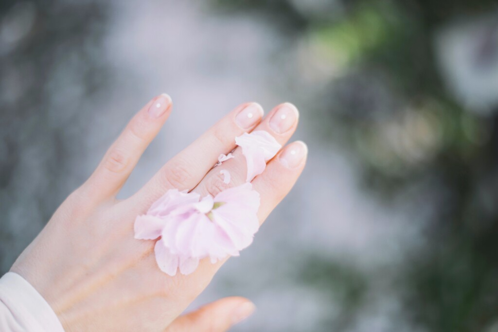 Beauty routine mani in 7 step