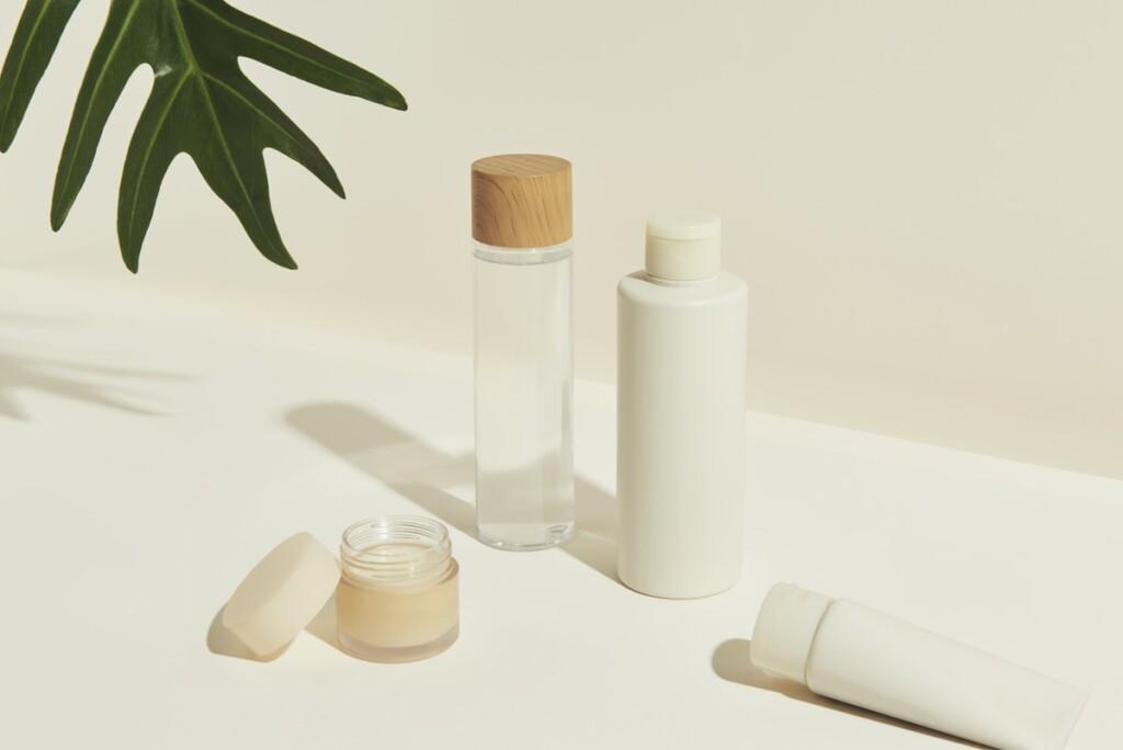 Skincare sostenibile: riciclare e finire i prodotti senza sprechi